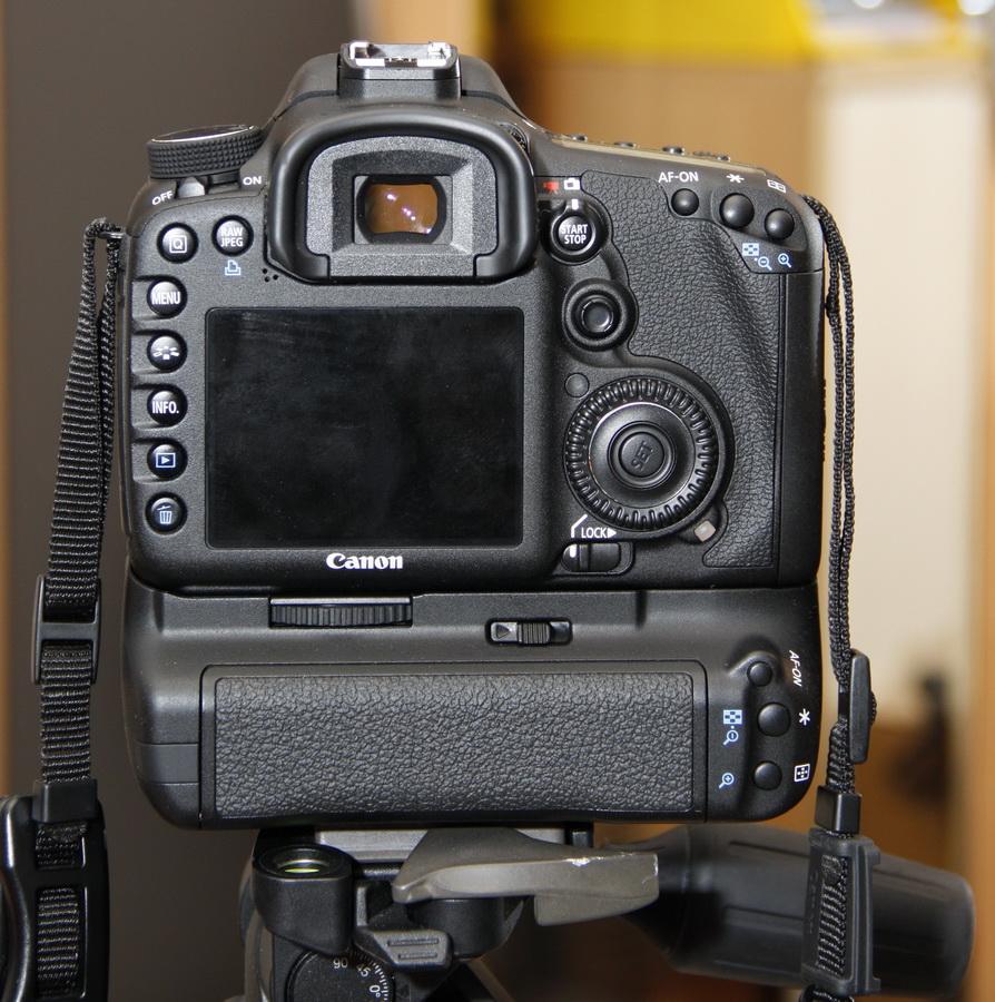 7D-back-k.jpg